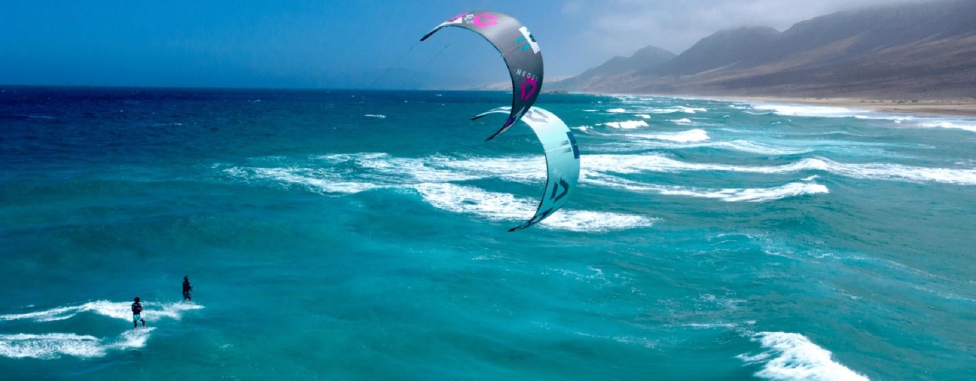Kitesurf: perché andare con il surfino a caccia di onde